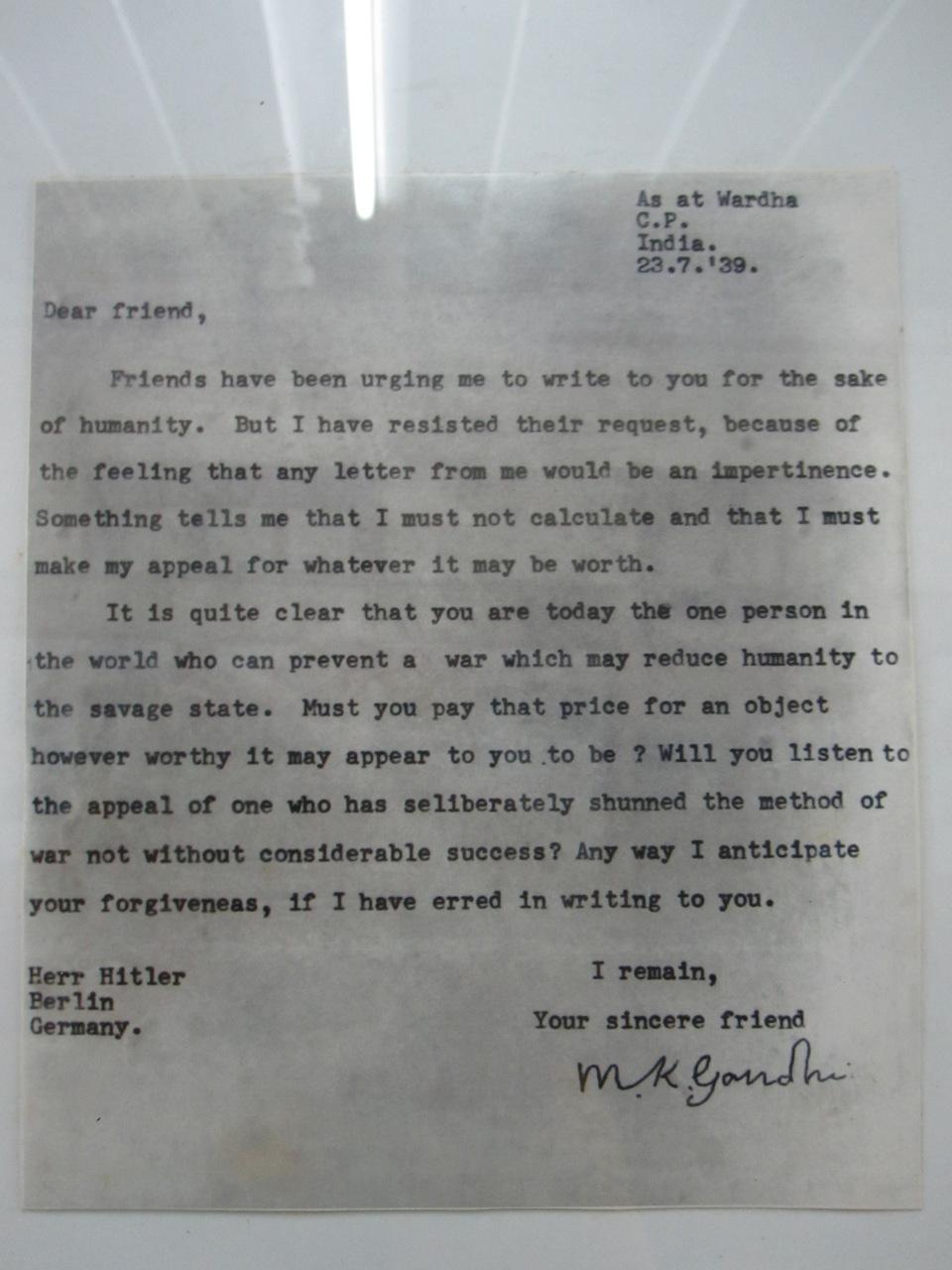 Brief von Gandhi an Hitler