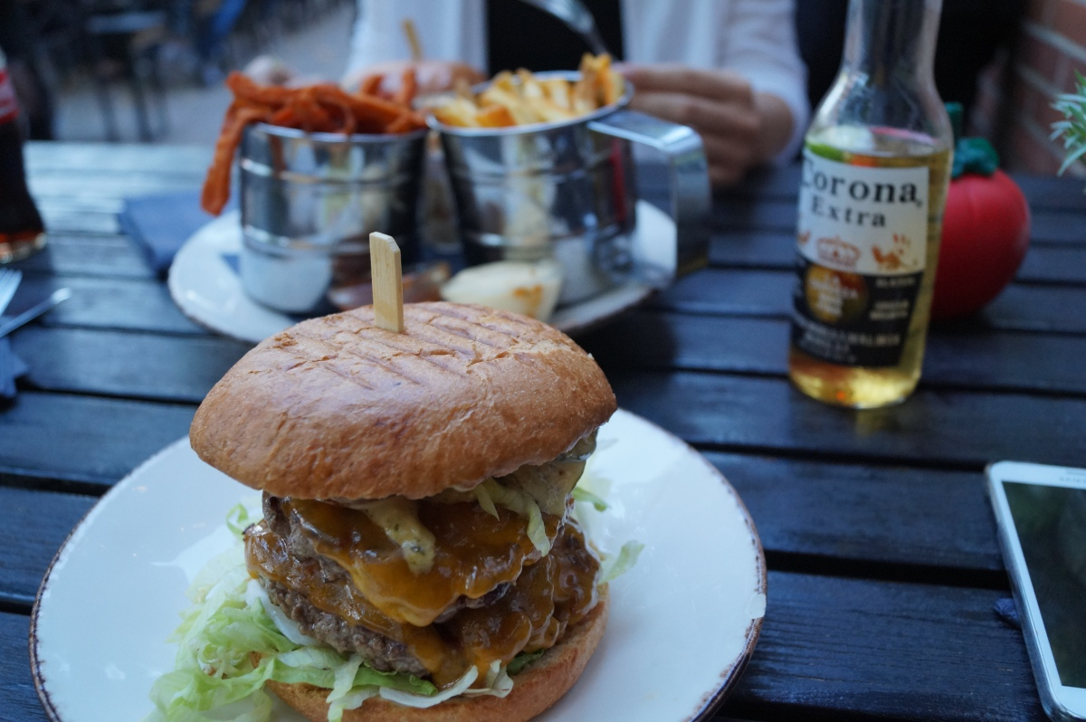 Classic Burger, Burger Lab