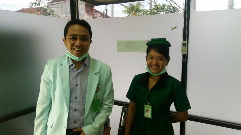Dr. Gunawan und die Schwester