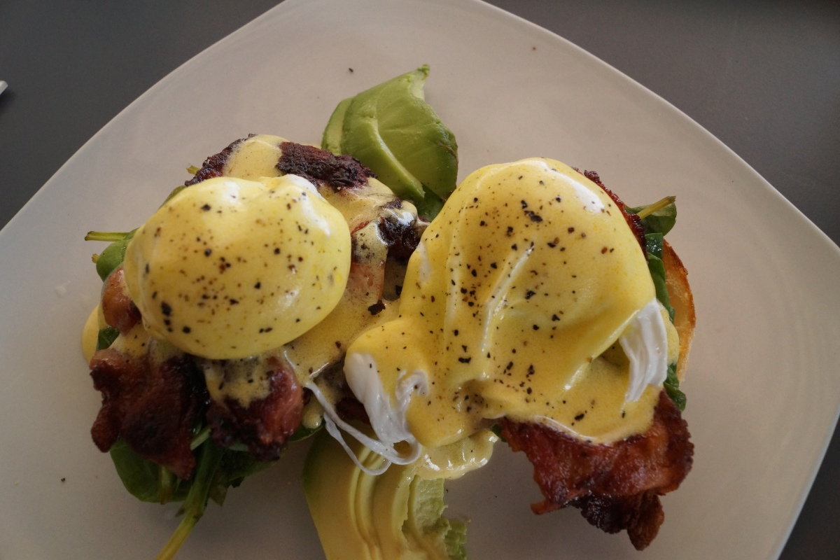 Eggs Benedict im Seashell