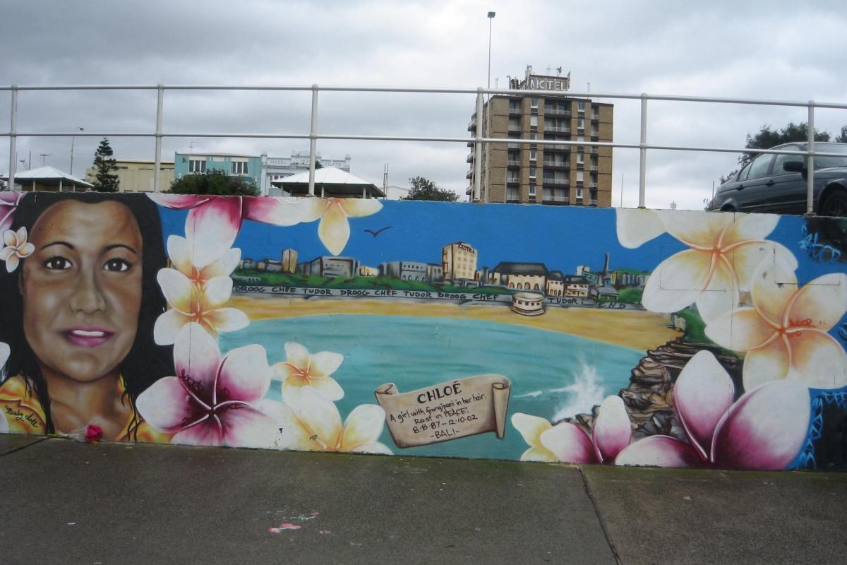 Graffitti, Bondi 3