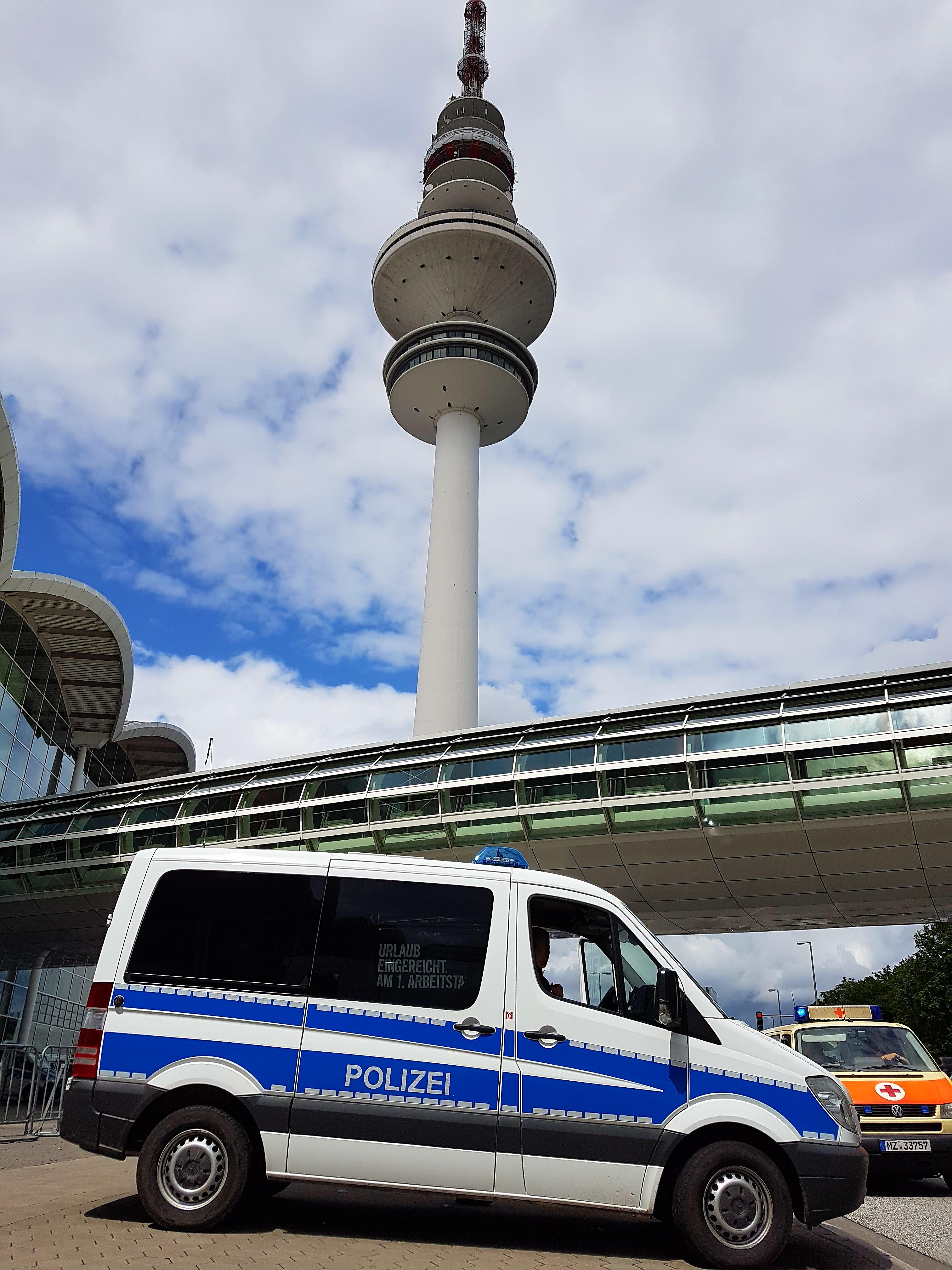 G20 Polizei Fernsehturm